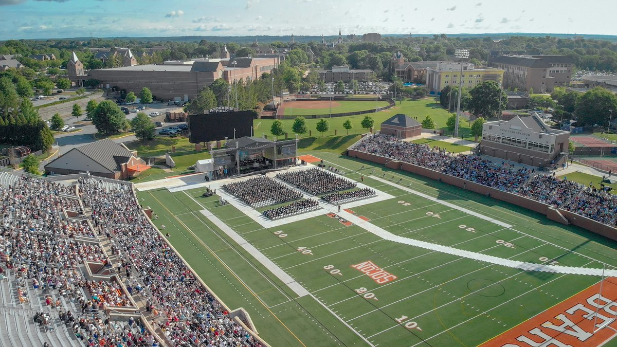 Congrats to the graduates in today's Mercer commencement in Macon.  A beautiful day and setting to celebrate achievement and new beginnings.  Go Bears!
