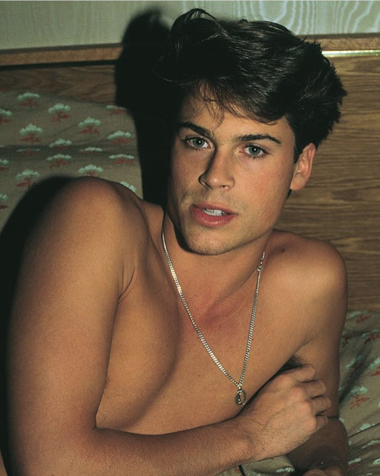 RT @Iohlita: young rob lowe https://t.co/IArCFR91nv