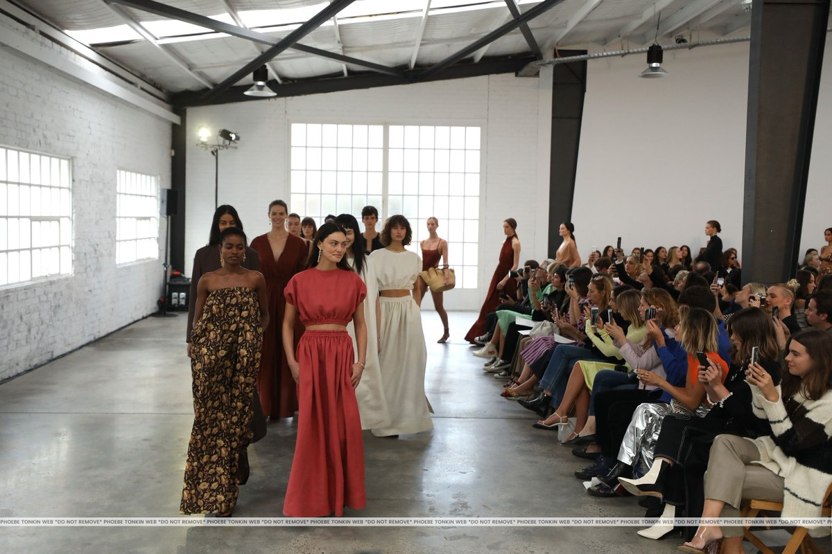 Phoebe Tonkin Italian Source On Twitter Mercedes Benz Fashion Week Australia Matteau Runaway 1phoebejtonkin Phoebetonkin