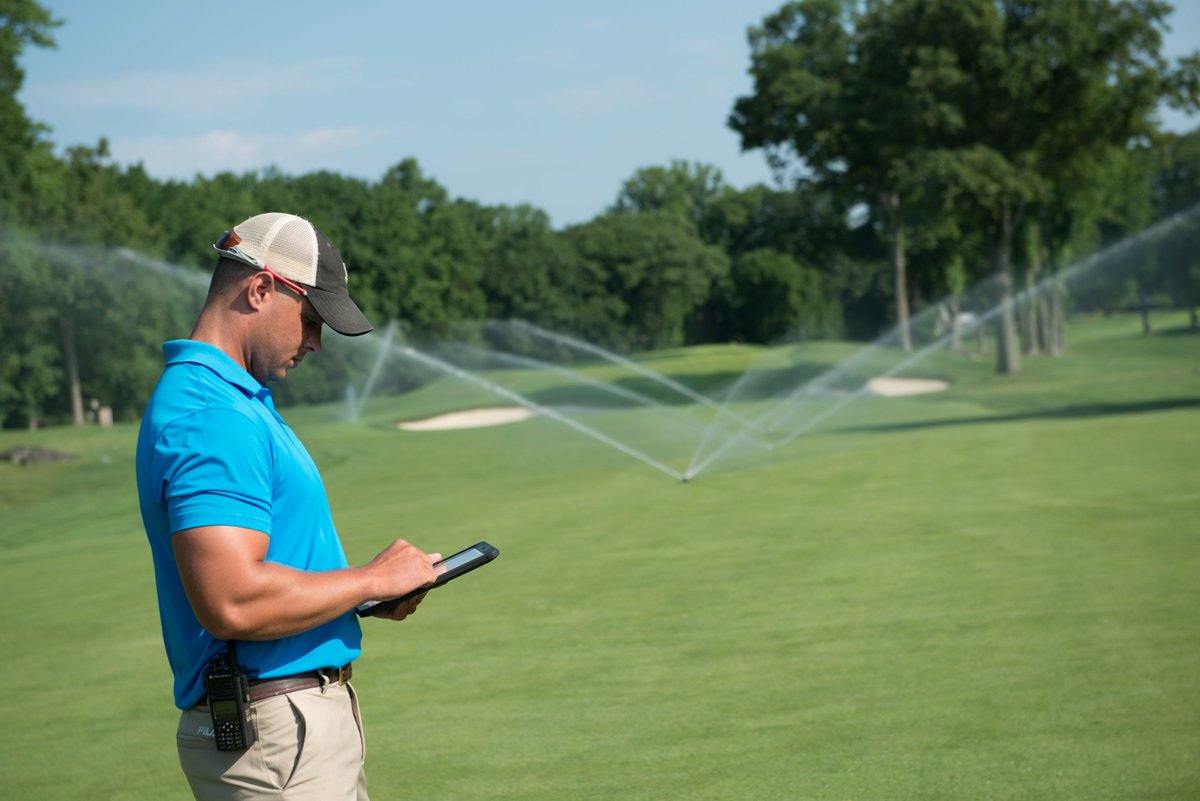What percentage of water used for irrigation in the U.S. goes to #golf courses? The answer might surprise you. Heres a look what the industry has done to further reduce golfs water usage, increase efficiency & incorporate innovative tech: thengfq.com/2019/04/elimin…