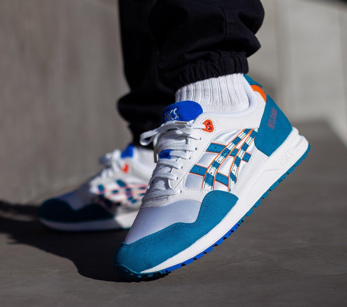 26121d8d0c7b93 Sneaker Deals GB ( SneakerDealsGB)