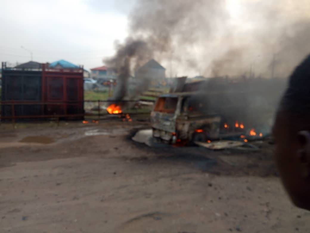 18 Seater Bus On Fire At Ejigbo, Lagos