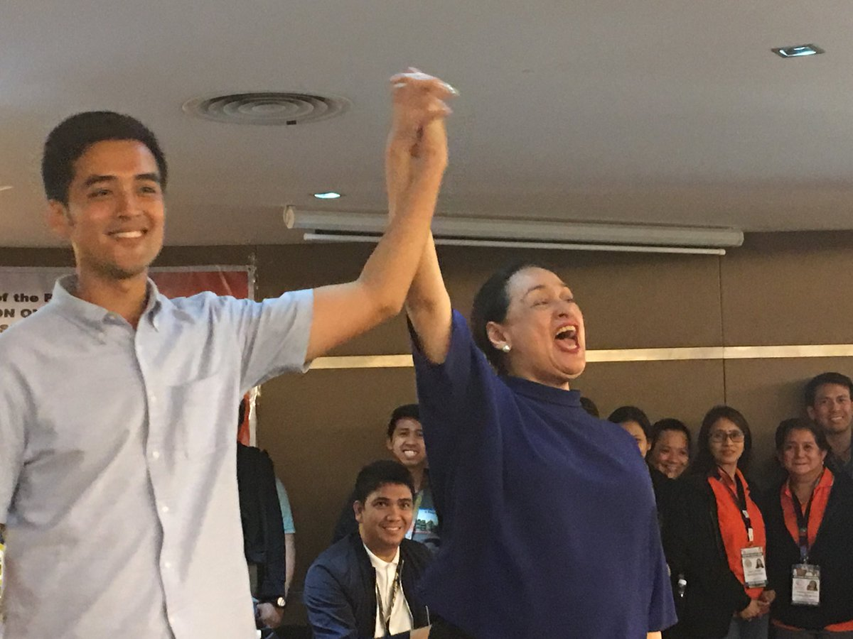 """Vico Sotto's mom, Coney Reyes shouts: """"Glory to God! Thank you, Jesus!"""" as she raised the hand of her son in today's proclamation #Halalan2019 #HalalanResults  