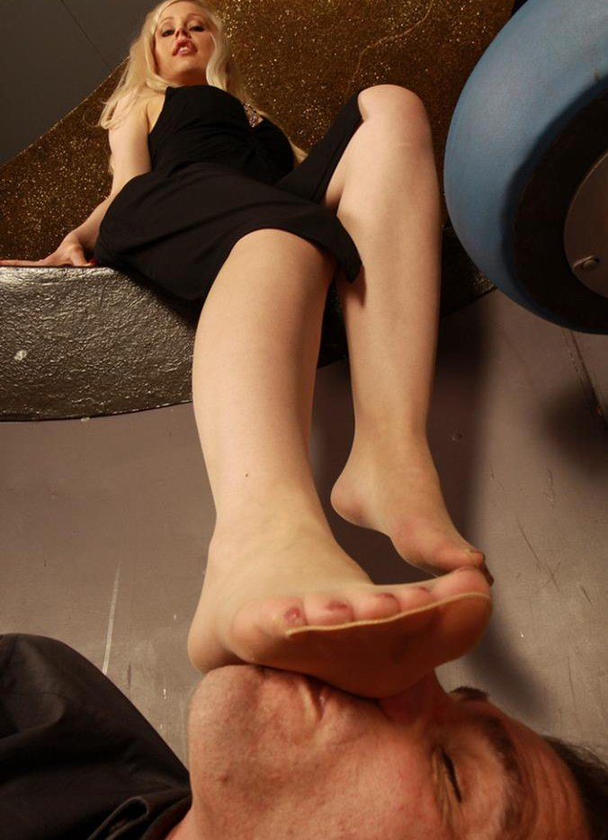Gym feet domination and tal foot smother