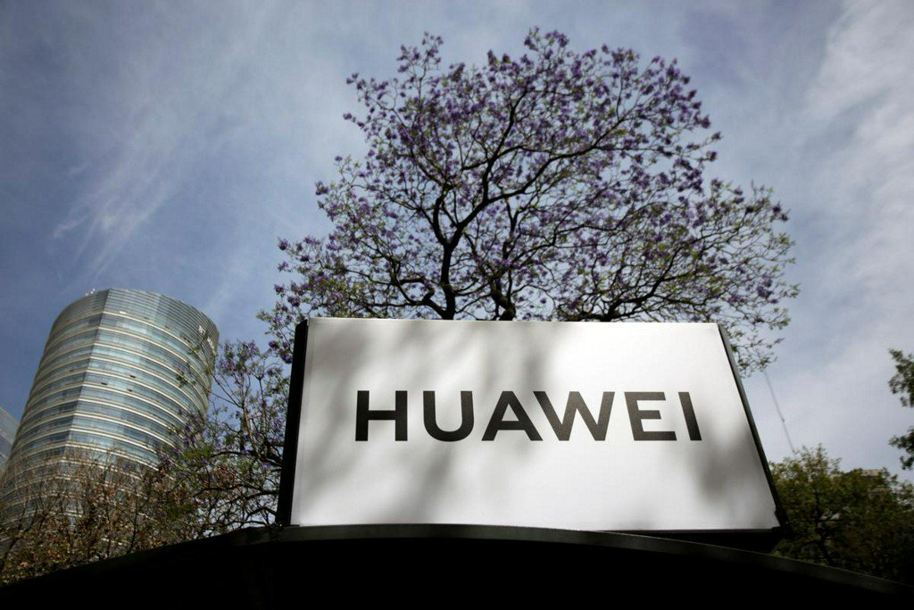 Huawei willing to sign 'no-spy' pacts with governments: chairman https://t.co/joPkl5MKiH https://t.co/1CwEuWNCVs