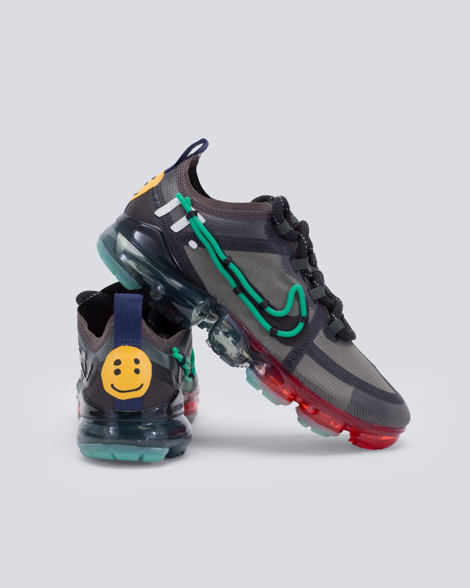 f24039ab Shop today's drop of the Cactus Plant Flea Market x Nike Air VaporMax:  https://stockx.com/nike-air-vapormax-2019-cpfm …pic.twitter.com/aQumJmswbm