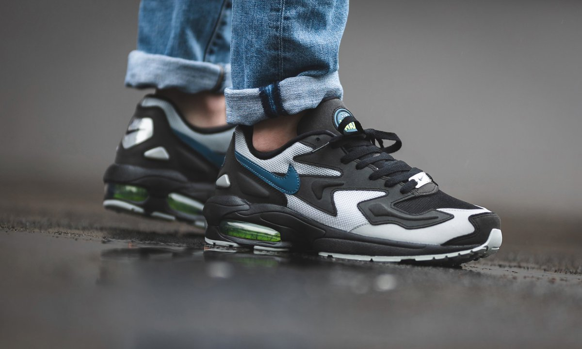 b7903d757fdf ... Nike Air Max2 Light that features some dope 3M accents and is now  available on Nike CA for  185 + free shipping https   bit.ly 2Vkz4kf pic. twitter.com  ...