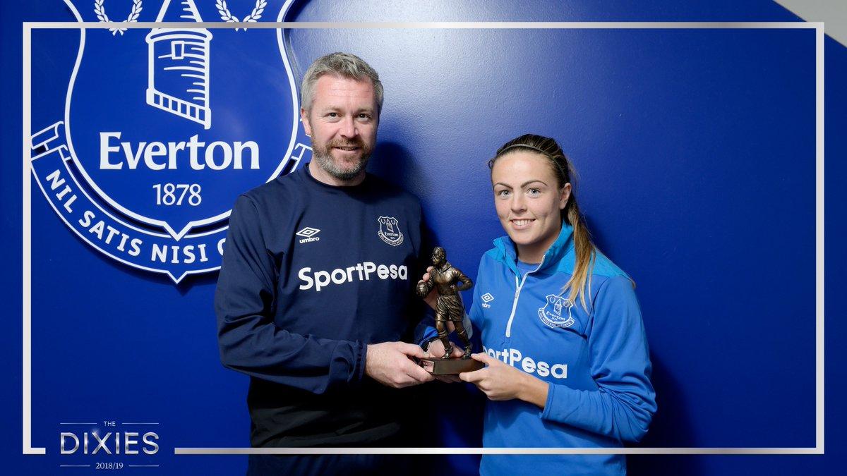 🏅 | The @EvertonLadies Player of the Season is... @SimoneMagill!