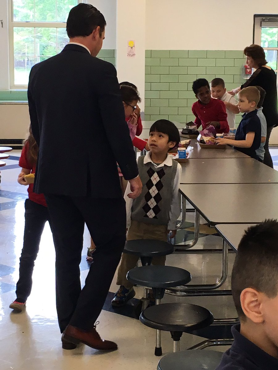 Overheard in @rutherfordjcps cafeteria during @JCPSSuper's visit today: 'Are you from the White House?' #WeAreJCPS