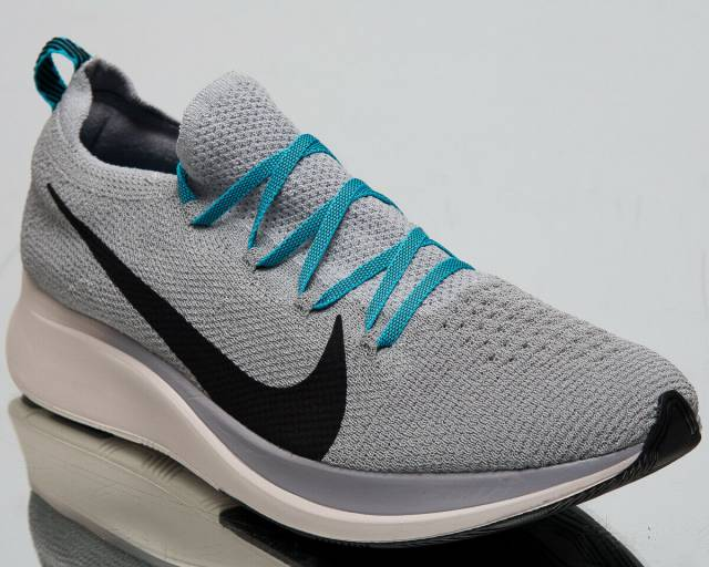 fd14ad90517b ... colourways of the Nike Zoom Fly Flyknit that can now be had from Nike  CA for 30% off + free shipping https   bit.ly 30iGnrq pic.twitter .com urYtGBNBIa