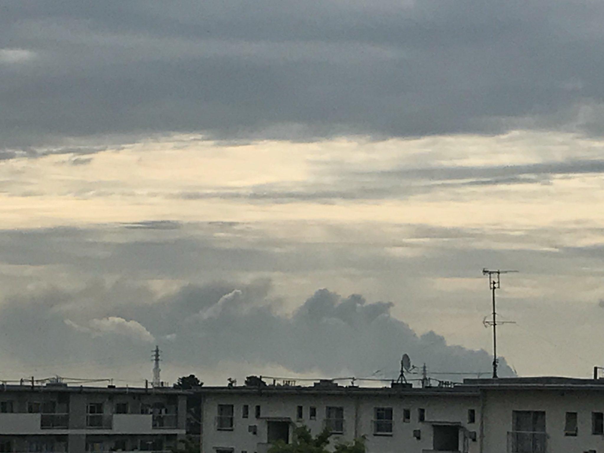 画像,調べてみたら茨城県常総市の産廃処理施設?で火事らしいしかし久喜からも見えるって相当デカい火事だな https://t.co/VIJRh3HdcH…