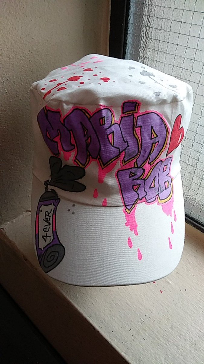 #CouplesTheme Hat 💕 All Designs Are #FreeHandDesigned So Get Ya Orders In Today 📩 Before The Summer Rolls In 💯  #WstSdeÄrt 🖌️ #BronxMade 🗽 #CustomHandPaintedClothing 💥 #SmallBusiness 💯 #FreeHandÄrtist 🙌 #CouplesTheme 💕 #Fashion 🖤 #SpecialRequest 📩 #ArtistDesign 🖌️