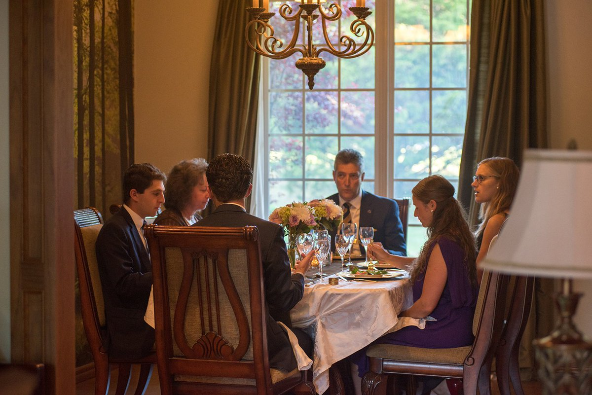 The HWAC senior class had their graduation dinner on Sunday with dean of students Wayne Turgeon and his wife. Finish strong, graduates! <br>http://pic.twitter.com/Pjuk5amxT6