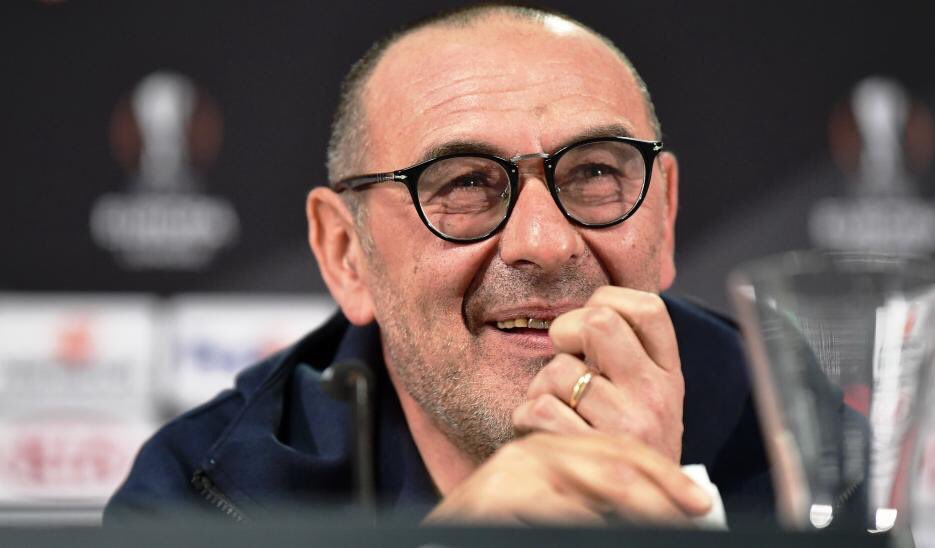 Rate Maurizio Sarri first season with #Chelsea out of 10 ? #CFC