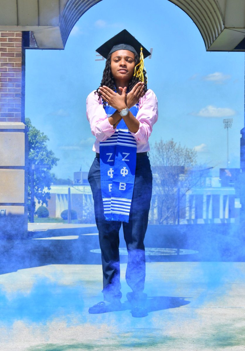 What's better than a FINER woman?  Aw yea... a FINER, degreed one.   #GradSzn #ZetasGraduate #ΖΦΒ<br>http://pic.twitter.com/BUdEpfWUny