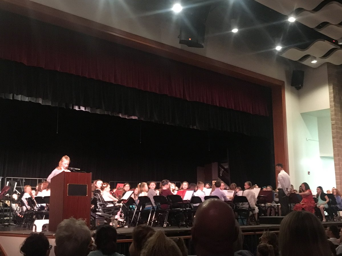 4th grade chorus and band concert was a big hit! Great job to our students and their amazing music teachers @Starpoint_Music @StarpointCSD