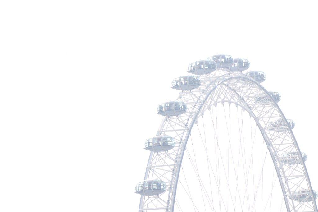 Eye in the Sky! @londoneye . . . . . . #vasilismanjuranis #londoneye #londoneye🎡 #london #london_city_photo #londonist #westminster #traveling #traveler #travelphotography #travelgram #travelblogger