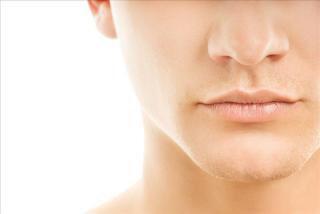 【1回では終わらない脱毛】1回の施術で#脱毛効果 が得られる「#成長期の毛」は全体の毛量の約15~20%程度。すべての毛に脱毛効果を与えるためには1度目の施術のときに退行期・休止期だった毛が成長期になるまで間隔をおいて何度も照射を繰り返す必要があるのです?
