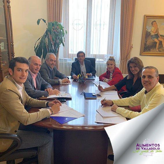 ¡Sumamos ingredientes! 14 nuevas empresas se incorporan a la marca, ya somos 135 formando Alimentos de Valladolid. ¡Bienvenidos! #AlimentosdeValladolid #alimentos #incorporación #crecimiento #empresas #equipo #trabajo #ilusión #ingredientes ow.ly/FDPc50ucjzI