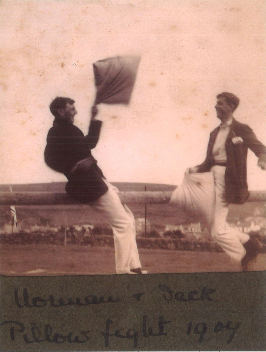Some archives can be fairly serious, but the Scottish Life Archive is filled with examples of people having fun! These 1907 holiday snaps from Portpatrick include a pillow fight and a potato race (the lady on the far left looks absolutely chuffed) #PlayMW #MuseumWeek<br>http://pic.twitter.com/tbuH4ujRTP