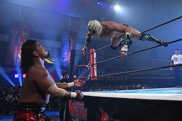 "NJPW: ""Best of the Super Jr. 26"" Día 3, 1er triunfo de Dragon Lee 5"