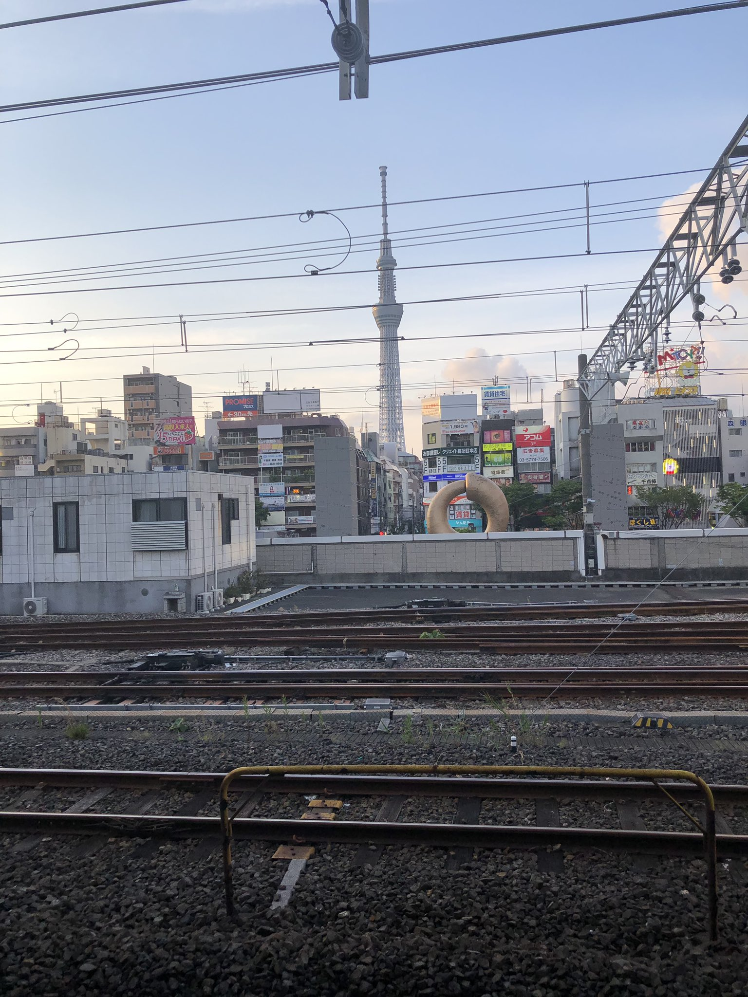 画像,東海道線の人身事故で総武快速線が遅れている模様Ω\ζ°)チーン https://t.co/8d1eUIsQnv。