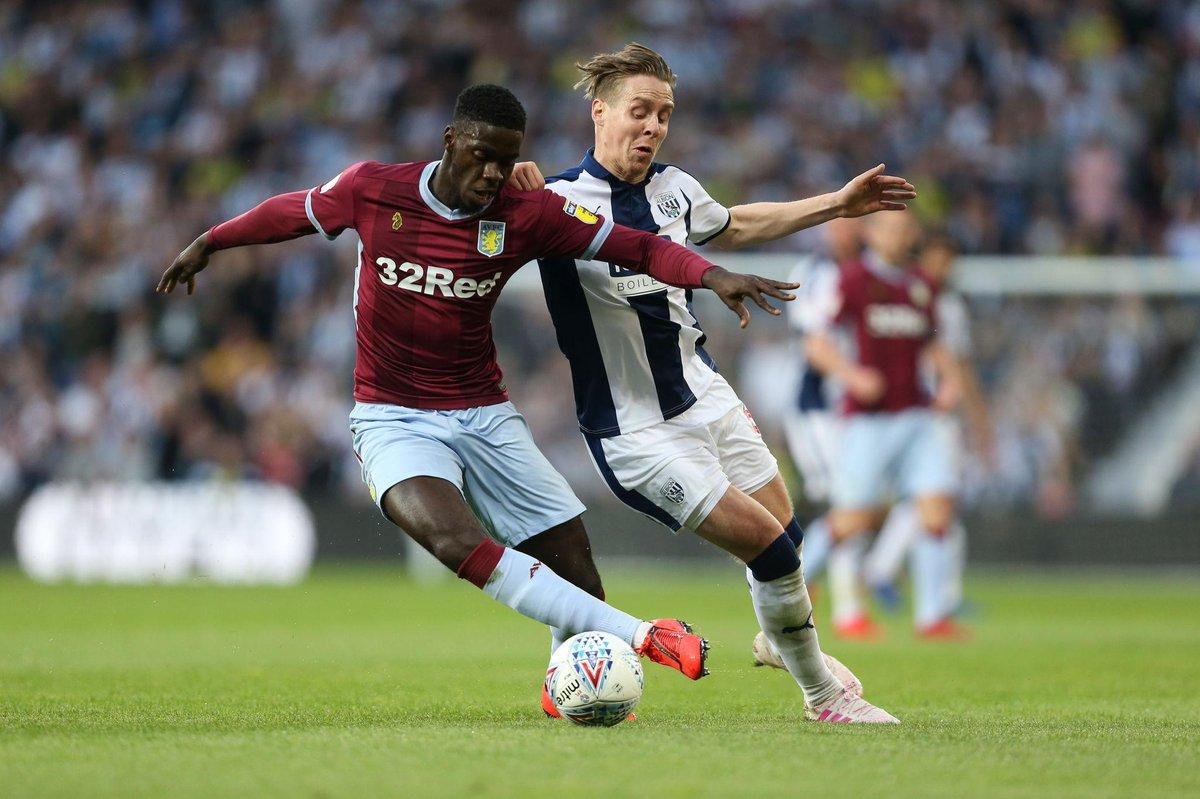 Axel Tuanzebe membawa Aston Villa melaju ke babak final playoff, good luck Axel!   #MUFC