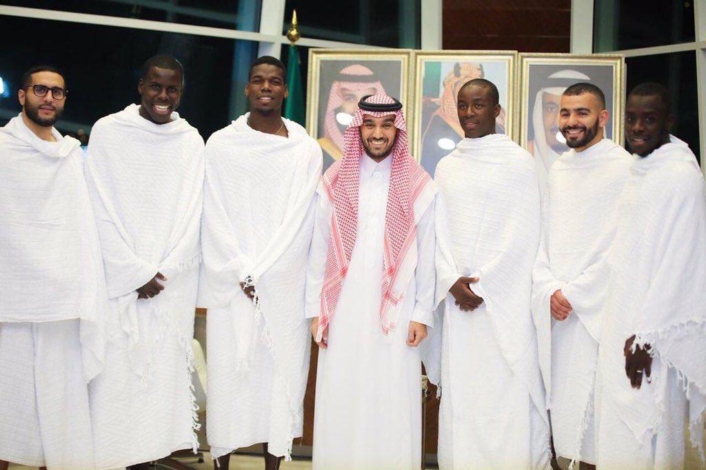 Berkah Ramadan, Paul Pogba dan Kourt Zouma tiba di Mekkah untuk melaksanakan Umrah.   #MUFC