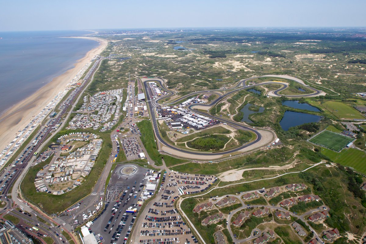 QUIZ TIME 👨‍🏫  Next season, for the first time since 1985, Zandvoort will be part of the F1 calendar 🇳🇱 📸  Despite the long absence, only nine circuits have staged more F1 Grands Prix   Can you name the nine? ⬇️ 🤔  #F1 #F1FastFact https://t.co/z71ietWYBy