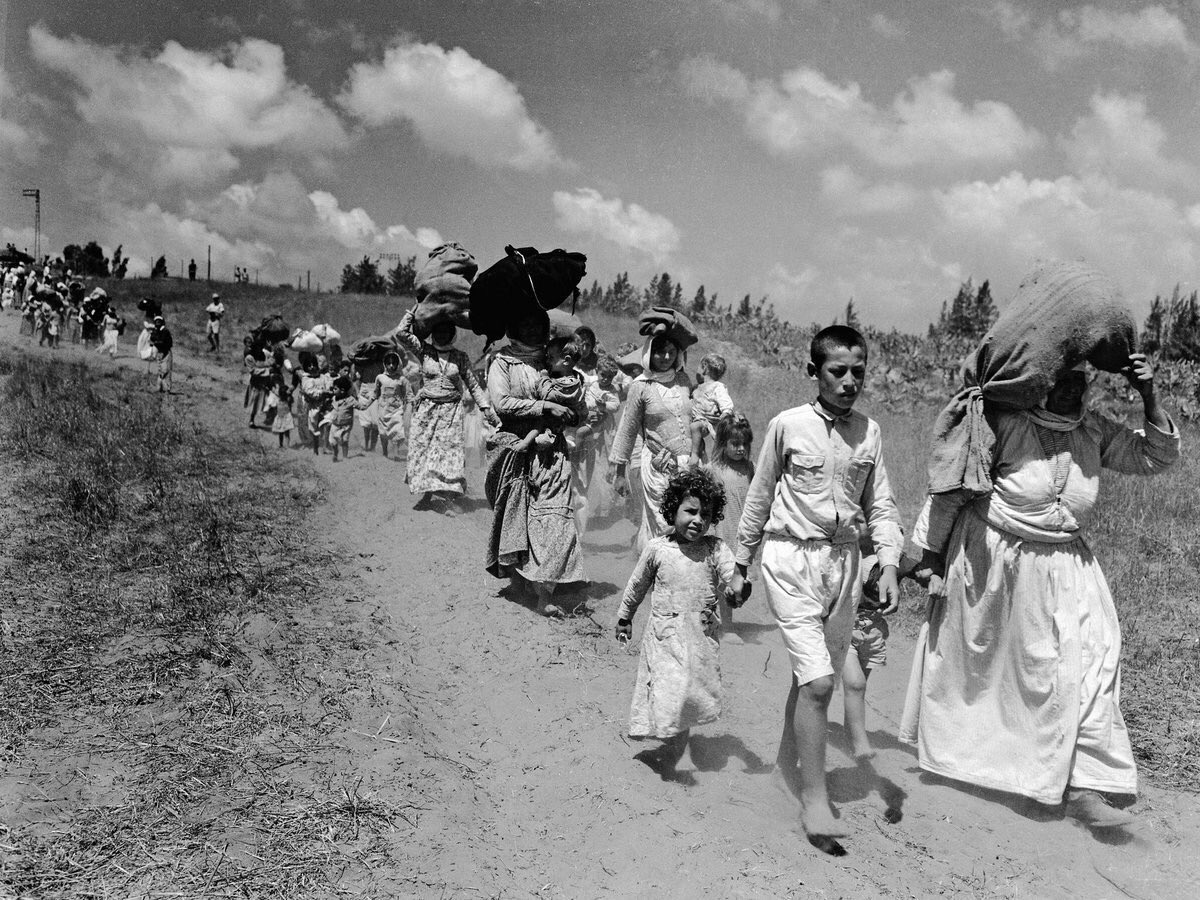 400,000 Palestinians under the watch of Britain had been expelled from their homeland by mid-May 1948. 220+ villages had been ethnically cleansed. The British Army played an active role alongside Zionists. Britain was the author, architect and butcher in Palestine #Nakba71