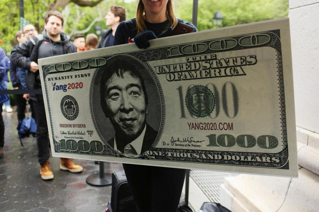 Democrat Andrew Yang wants to be president - and give you $1,000 a month https://t.co/vnM3uB0zyP https://t.co/eMfPgNXefX