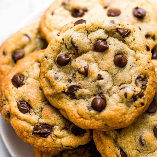It&#39;s #NationalChocolateChipDay! I LOVE days like this because it gives me a reason to indulge my sweet cravings! Anyone else have a sweet tooth? <br>http://pic.twitter.com/kyW8ZsCNB3