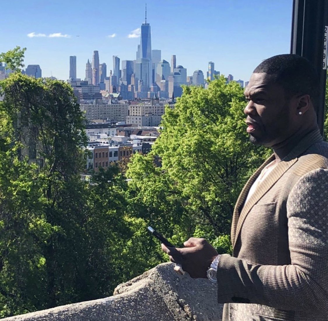 They say this is a Big rich town, why I gotta come from the poorest part. POWER Season 6  aug 25 #lecheminduroi #bransoncognac #bellator