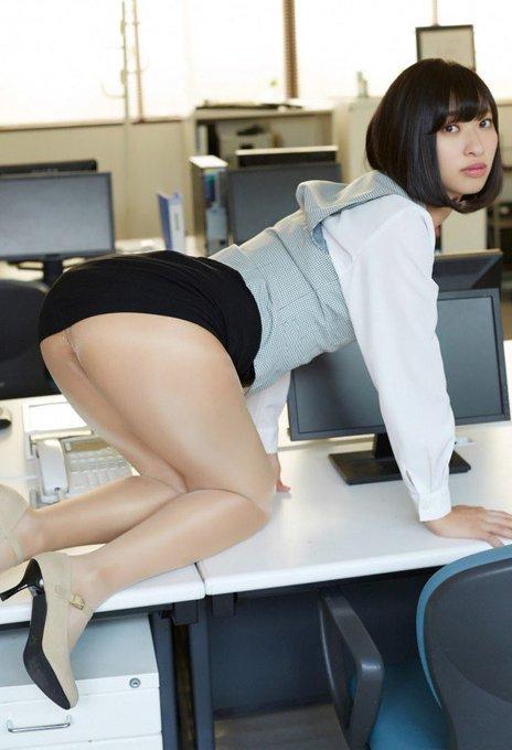 グラビアアイドル倉持由香のTwitter自撮りエロ画像37