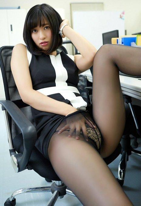 グラビアアイドル倉持由香のTwitter自撮りエロ画像34