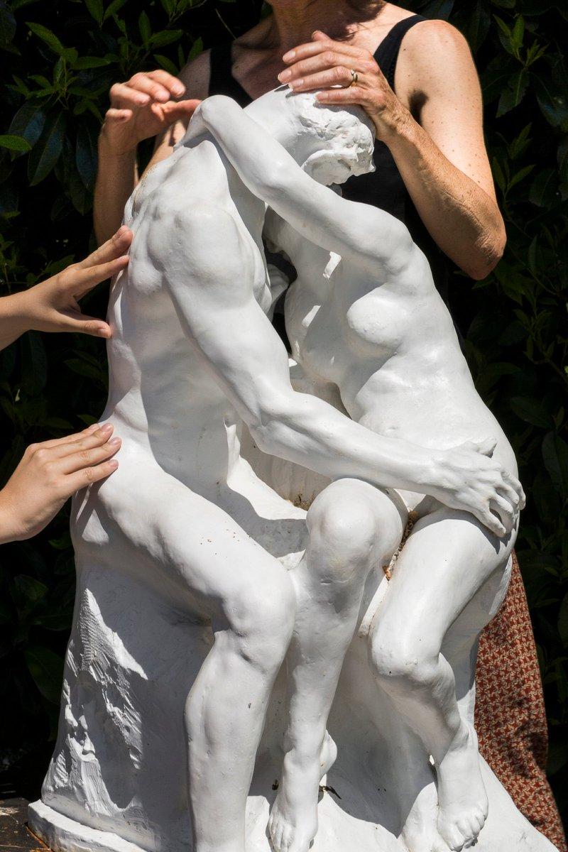 #MuseumWeek - #PlayMW Voux mourez denvie de toucher une sculpture ? Au musée Rodin de #Meudon, vous pouvez réaliser votre rêve. Toucher une sculpture nest pas seulement permis mais recommandé ! Venez essayer lespace tactile.