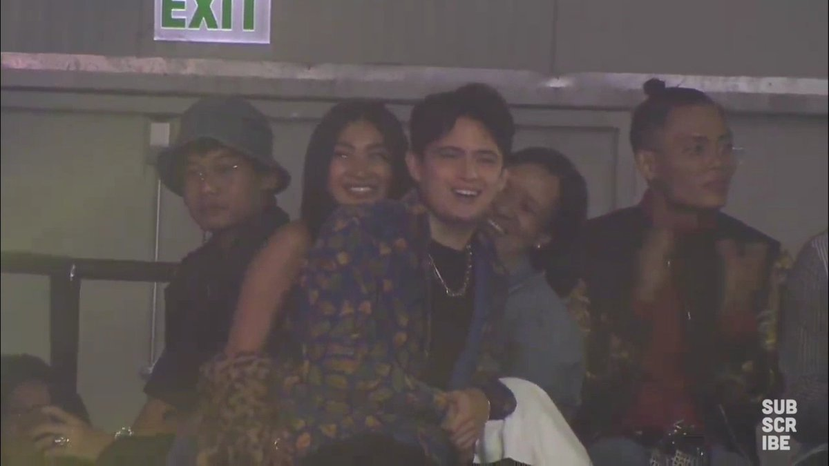 James Reid and Nadine Lustre share each other&#39;s success. I need that kind of love.  #StayUp4JaDineMMAs<br>http://pic.twitter.com/OrwxtedVhG
