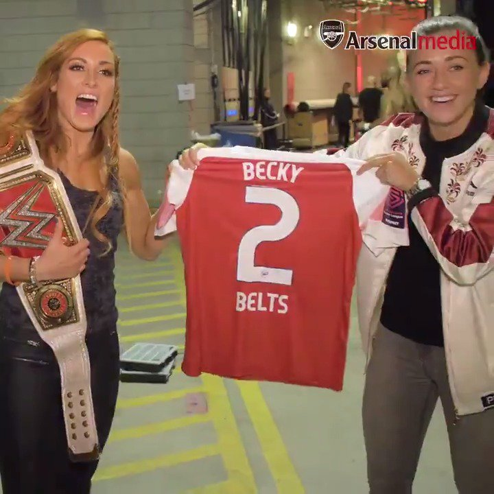 From one Irish superstar to another... 🇮🇪  Here's what happened when @Katie_McCabe11 met @BeckyLynchWWE - and turned her into a Gooner 😉  #WeAreTheArsenal #WWERaw