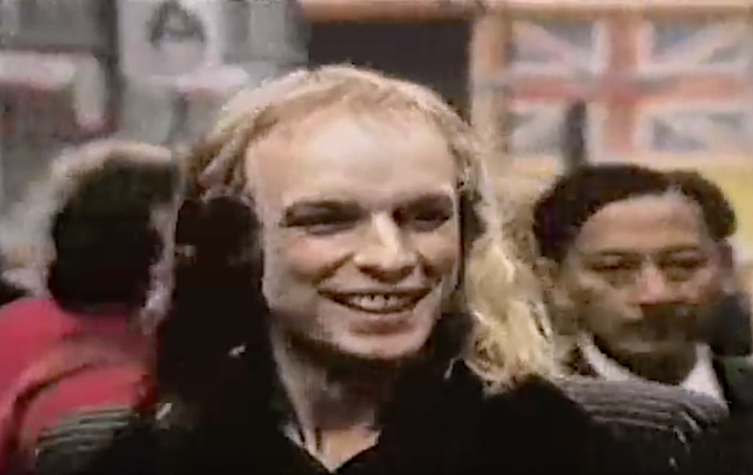 Happy Birthday Brian Eno! Here\s the single version of an old fave: