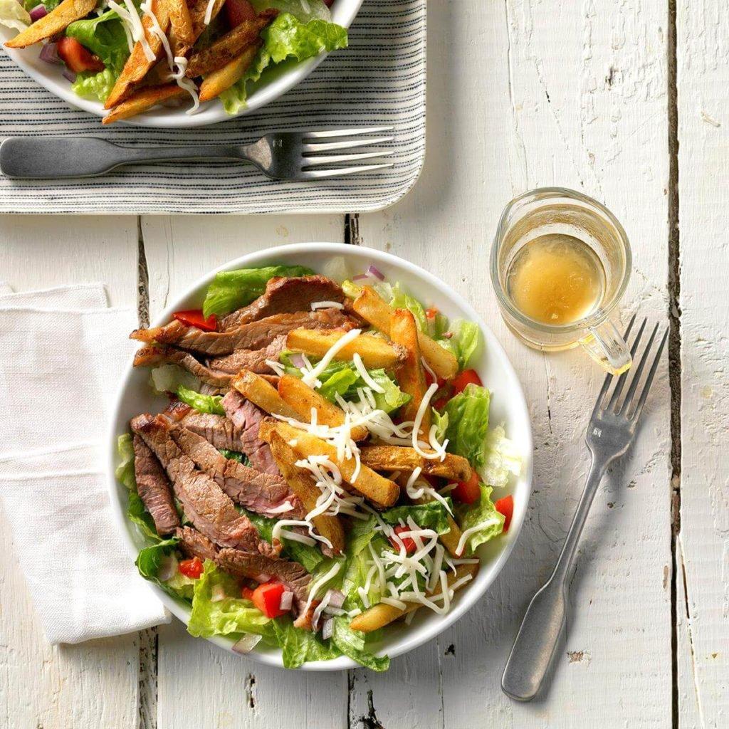 Sweet-and-sour dressing gives this steak salad a distinctive taste. #dinnertime #recipes  https://t.co/2euyGkIC7j https://t.co/wiwB311GSL