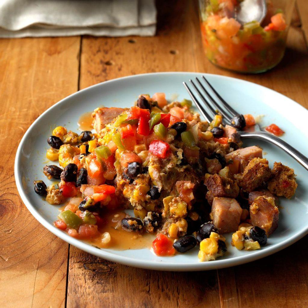 Use a #slowcooker to prepare this Southwestern #breakfast casserole.  https://t.co/7Xk61WNZnp https://t.co/AAIji8HQZq