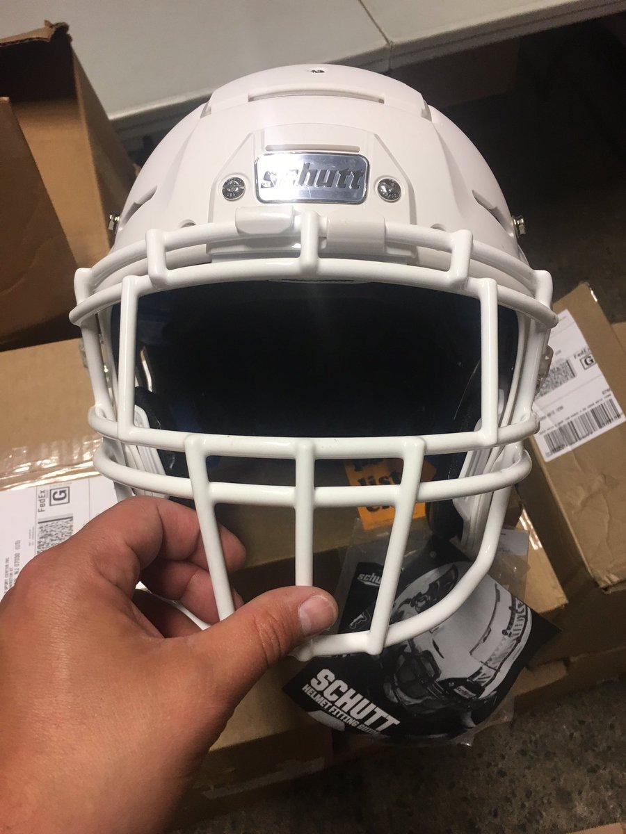 """Schutt 1/"""" soft universal football helmet jaw pads white protective gear NOS"""