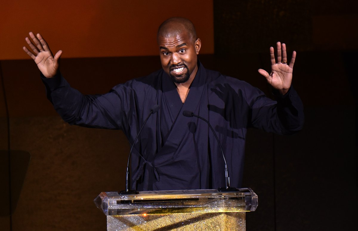 #RickAndMorty creator Dan Harmon offers Kanye West his own episode.  &quot;We have 70, he can have one. Kanye, you can have one...That would be f**king amazing.&quot;  http:// cmplx.co/eXhGdLu  &nbsp;  <br>http://pic.twitter.com/zkJdxG7Mio