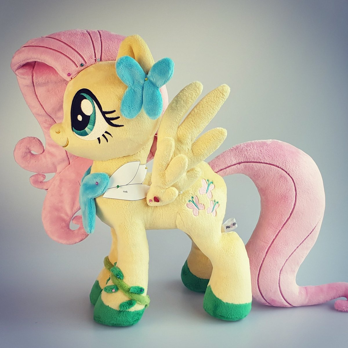 Made lots of progress on Gala Fluttershy. Next up is her actual gala dress ^_^ <br>http://pic.twitter.com/F9oUscmuGd