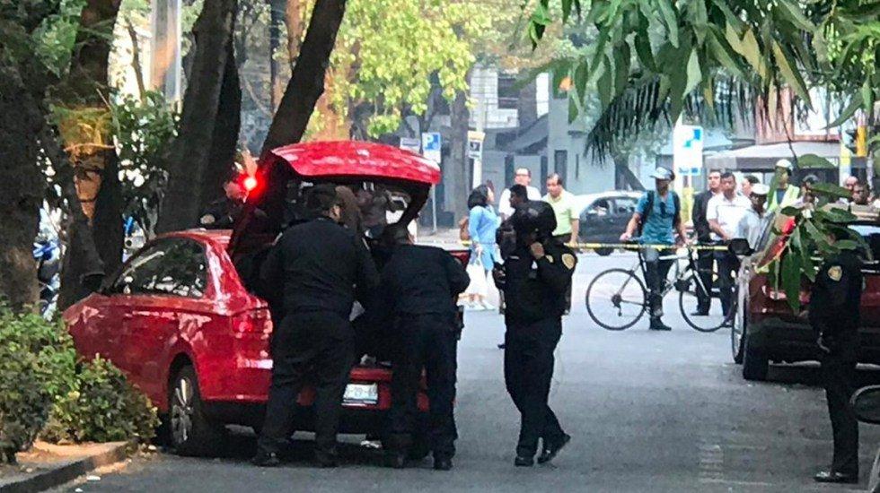 Revela el jefe de la policía capitalina el motivo de la balacera en la Condesa que dejó dos muertos http://bit.ly/30jjALX