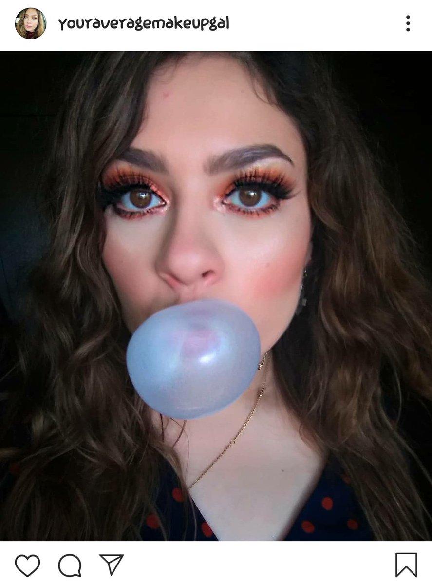 Lashes can make a look POP! Any lash recommendations? Im using @kissproducts in Gala Eyeshadow: @toofaced chocolate gold Eyebrows: @elfcosmetics  Blush: @maccosmetics #makeuplook #makeup #maquillaje #maquillajedeojos #maquillajenatural #throwback #naturalmakeup #eyeshadowspic.twitter.com/TCUfYe3boE