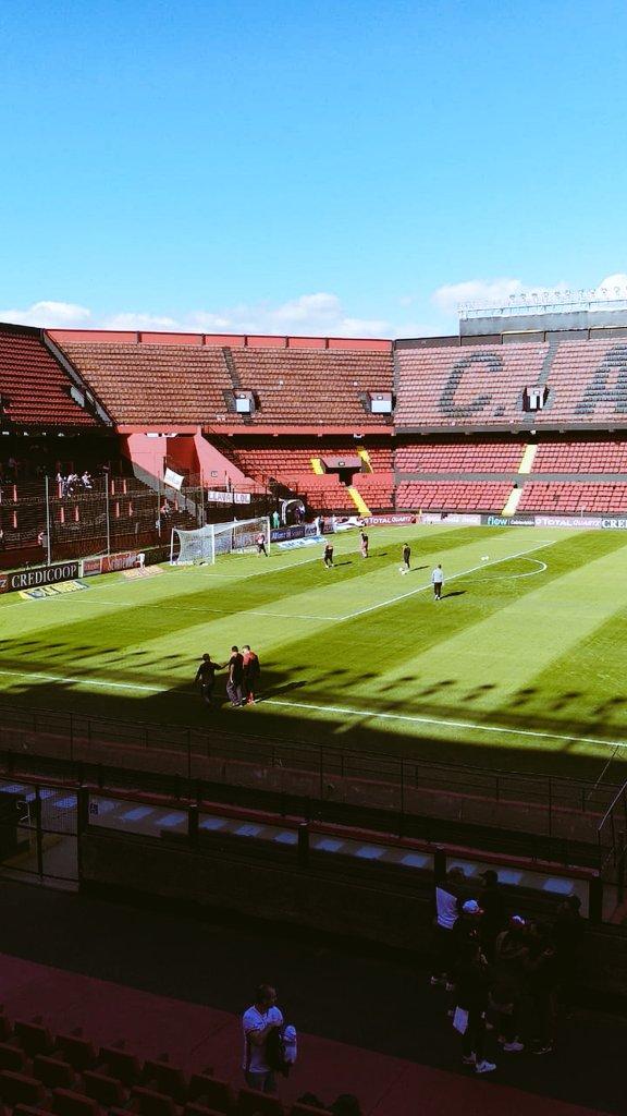 De a poco va tomando color el estadio de Colón de Santa Fe. Desde las 16, #Huracán jugará ante Unión de Sunchales por la @Copa_Argentina. Transmite @TyCSports, lo vivís en PSG.