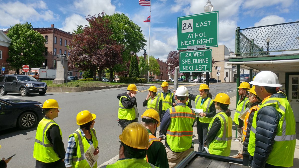 #Greenfield: @MassDOT #CompleteStreets training today! Attendees learn about intersection improvements & conducting a design exercise.