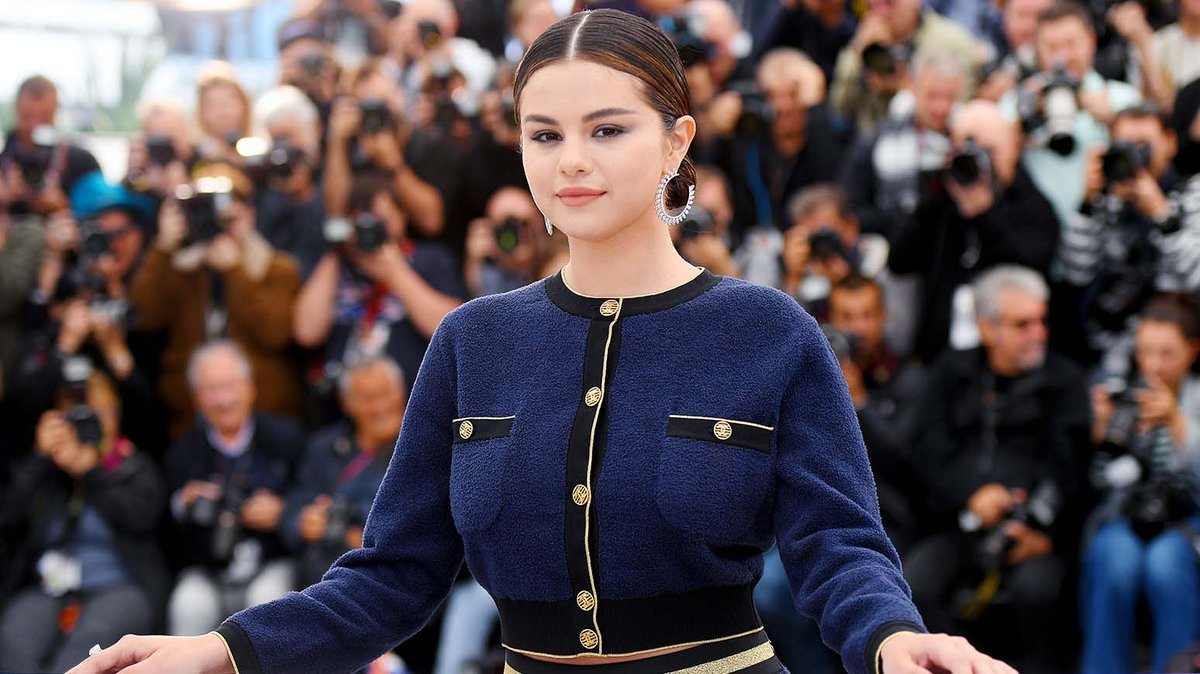 Singer/Actress @SelenaGomez discusses the effects social media has had on her generation at #Cannes Film Festival. #BillboardNews