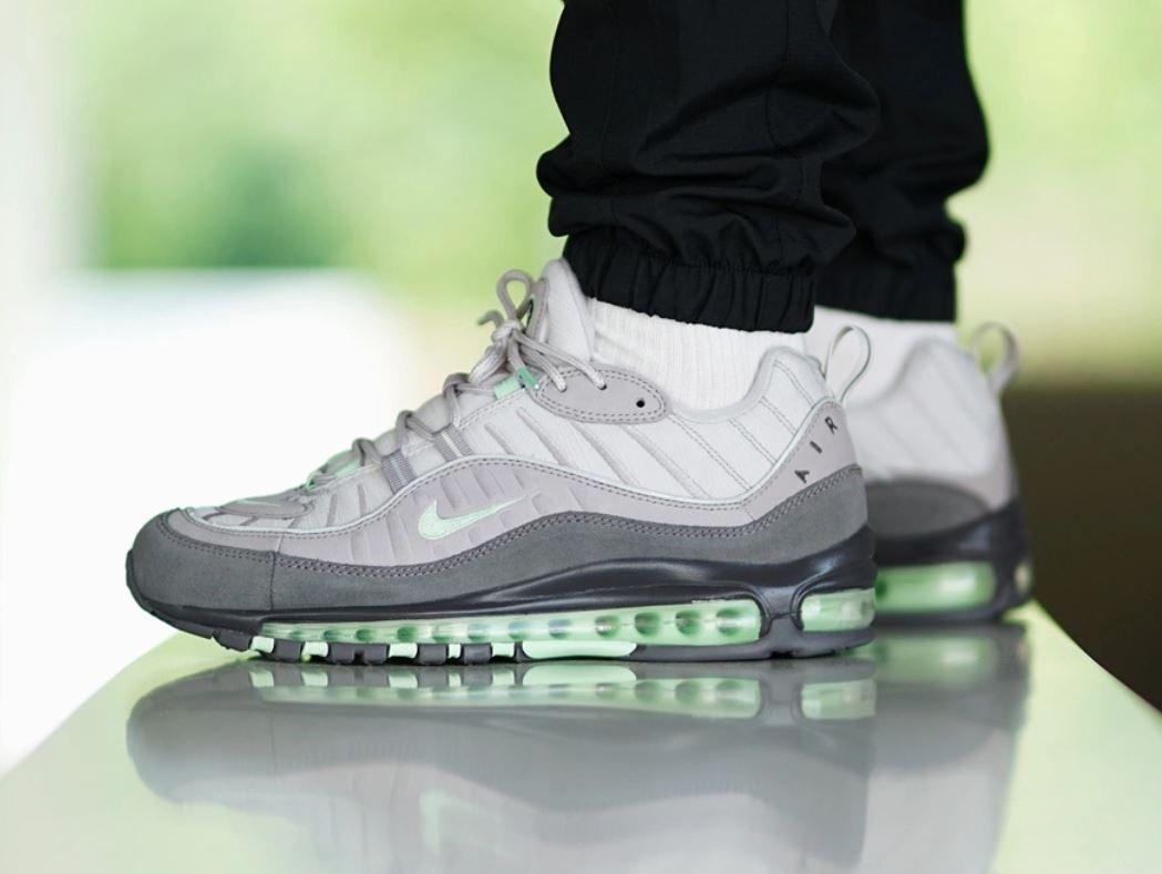 Nike Air Max 98 Vast Grey 640744 011 Release Info